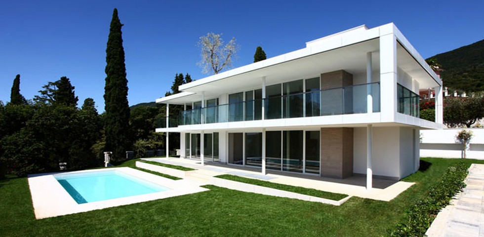 Immobiliare sul lago di garda e studio di architettura brescia for Piani di casa sul lago di lusso